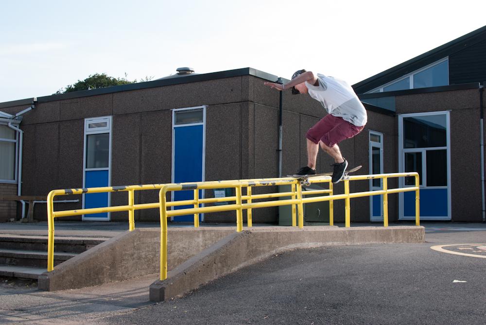 Mark Baines - FS Noseslide - Prospect Worksop