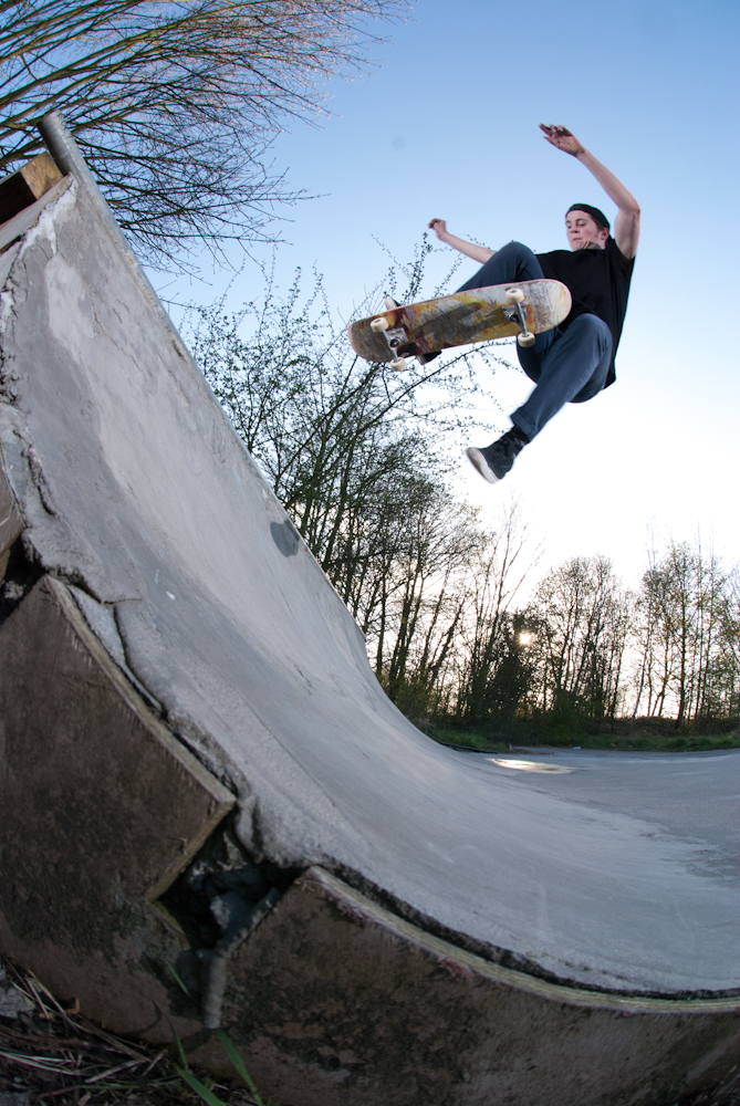 Myles Rushforth - No Comply - DIY Ecclesfield_