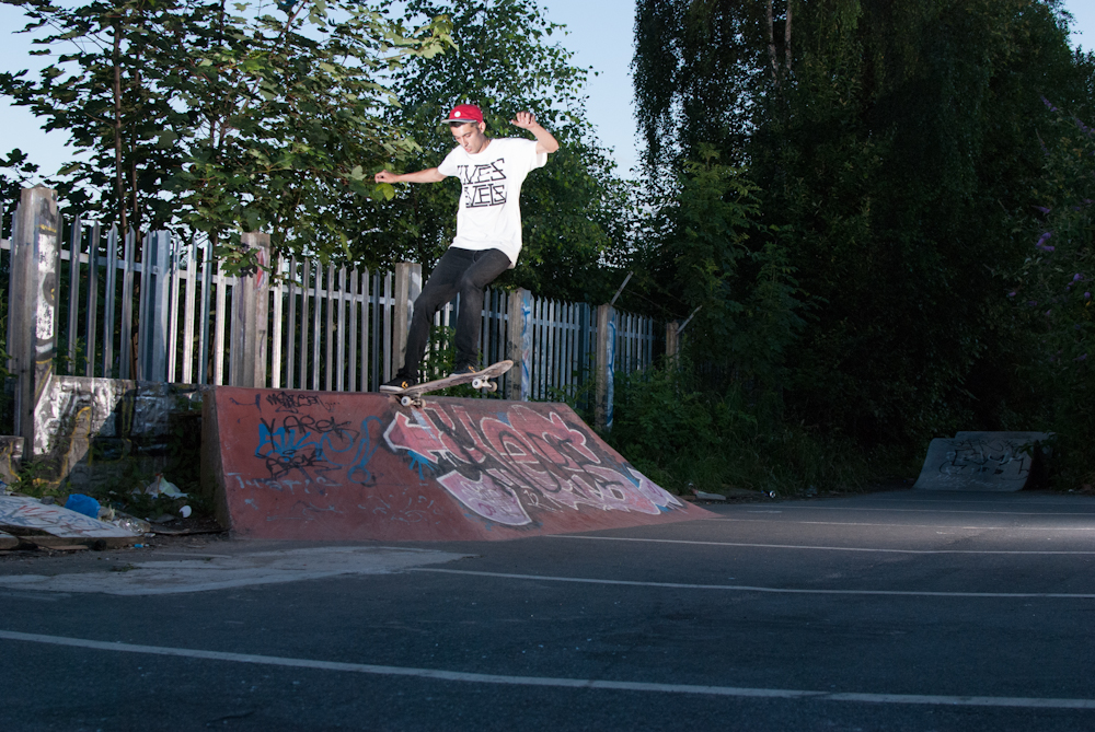 P.O.H. - Tailslide - D.I.Y. Sheffield