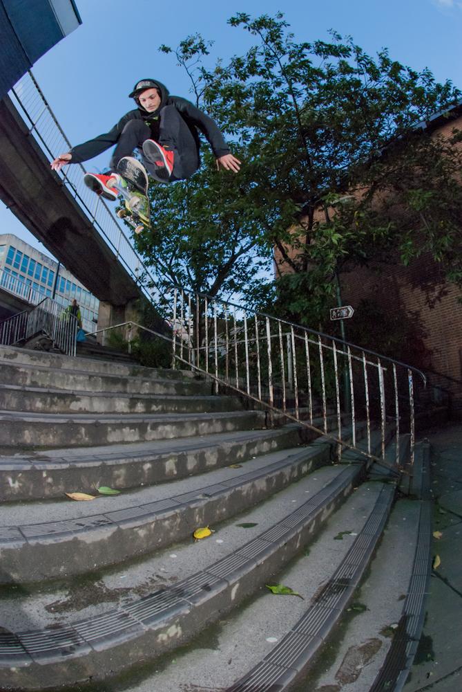 Timmy Garbett - Hardflip - Subway 9