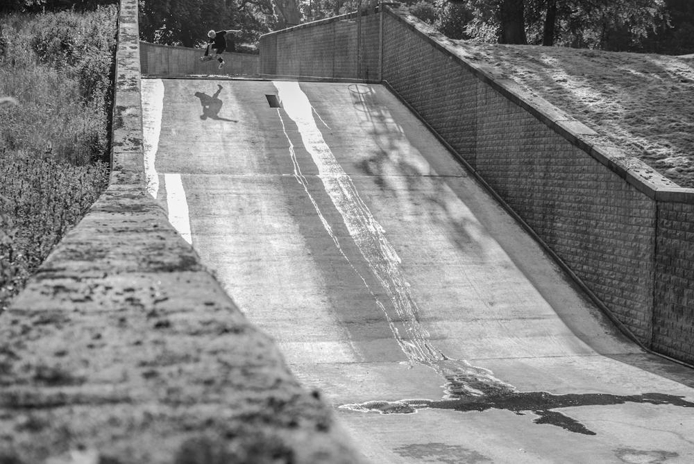 Dave Adlington - Boneless - Reservoir Sheffield