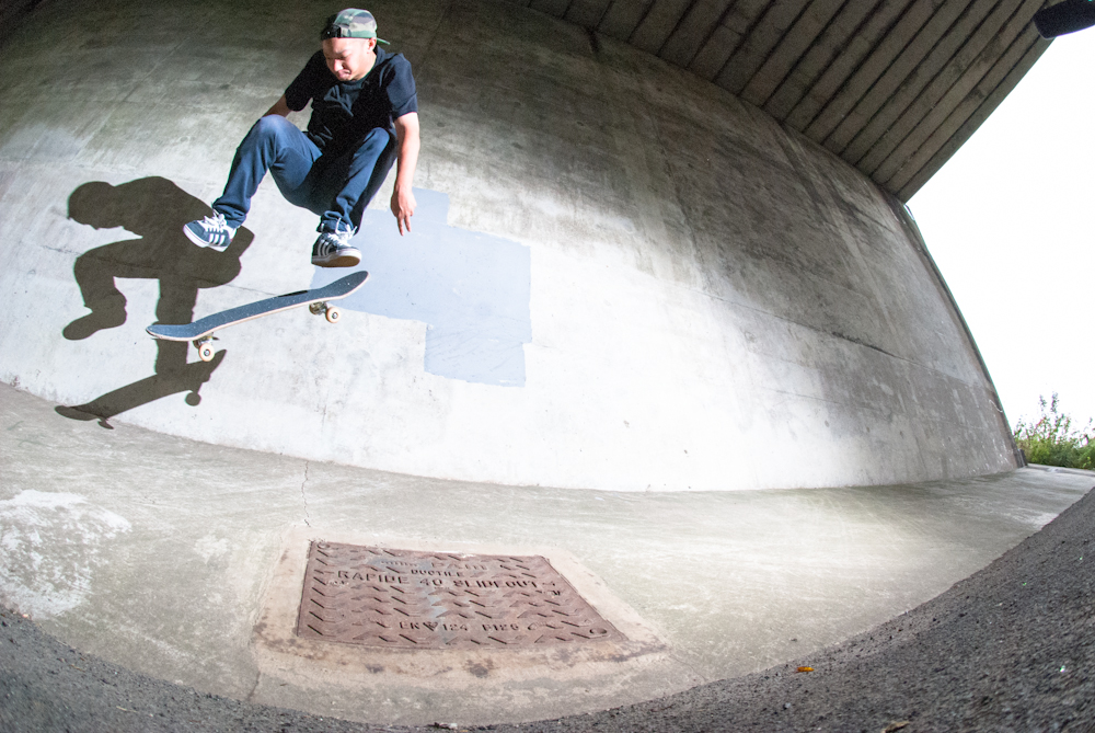 Richard Chung - Kickflip Bank - Rotherham