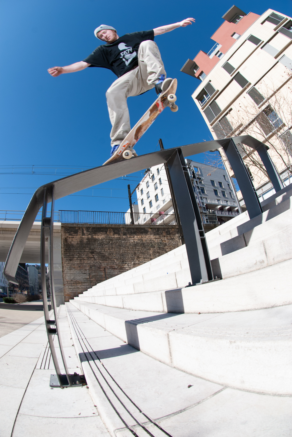 Danny Jones - Crook  - Lyon