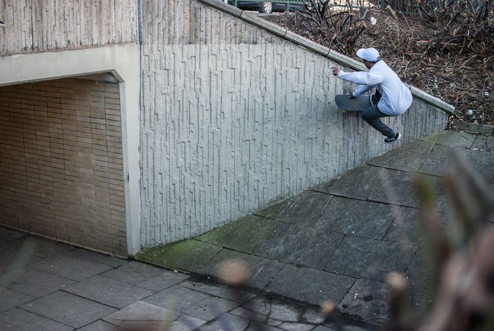 Shaun Currie - Boneless Wallride - Sheffield