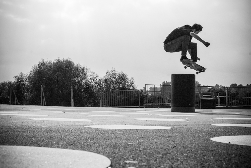Myles Rushorth - Ollie Bin - Barnsley
