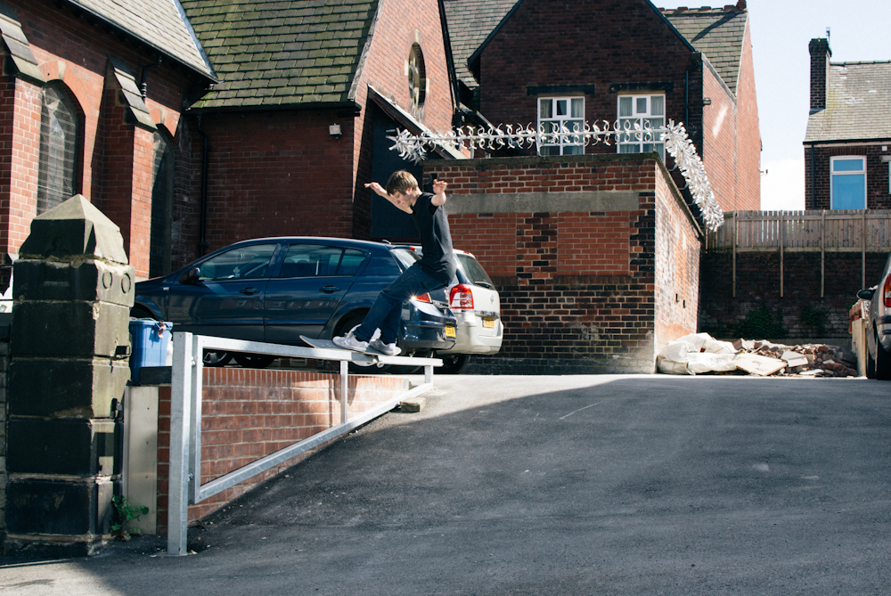 Matlok Bennett Jones - Front Feeble - Sheffield-2
