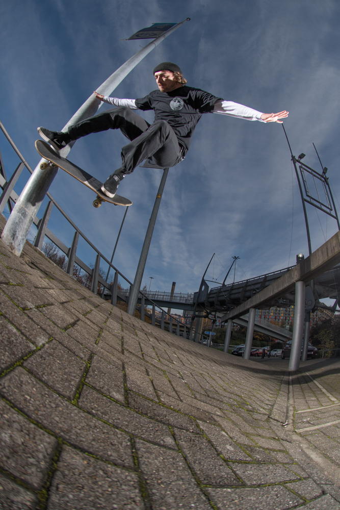 ronny-calow-wallie-nolle-out-sheffield