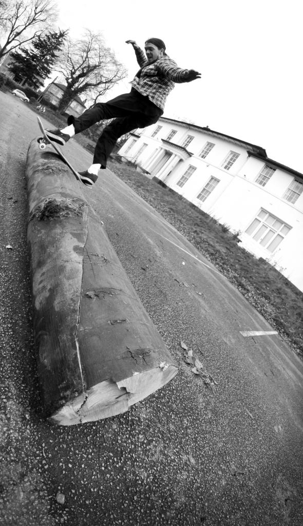 moggins-fsboard-sheffield-2016-1-of-1