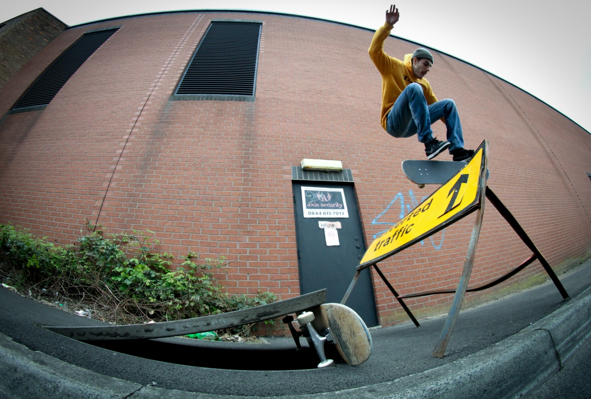 liam-kickflip-sheffield-2017 (1 of 1).jpg